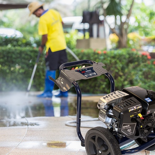 Gas Powered Pressure Washer, 3200 PSI, 2.4 GPM, Axial Pump, Kohler RH265 (PW320200) yard 3